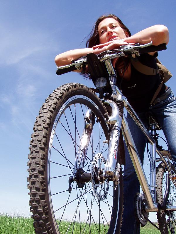 bikegirl.jpg