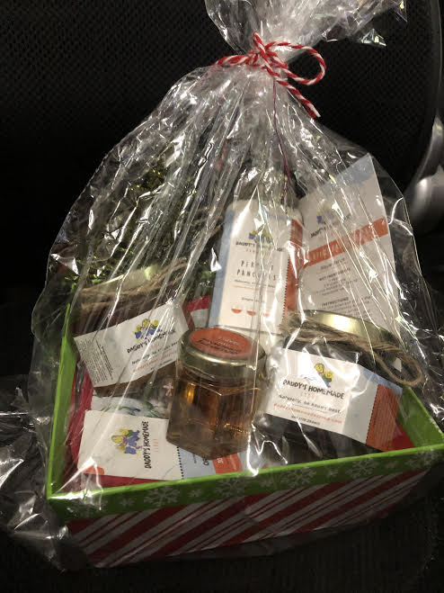 holidaybaskets_2020-11-16.jpg