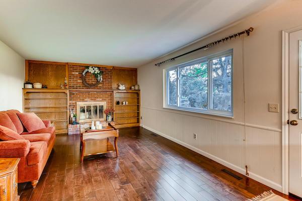 Mile-High-Home-Pro-7770-S-Harrison-Cir-Centennial-Family-Room.jpg